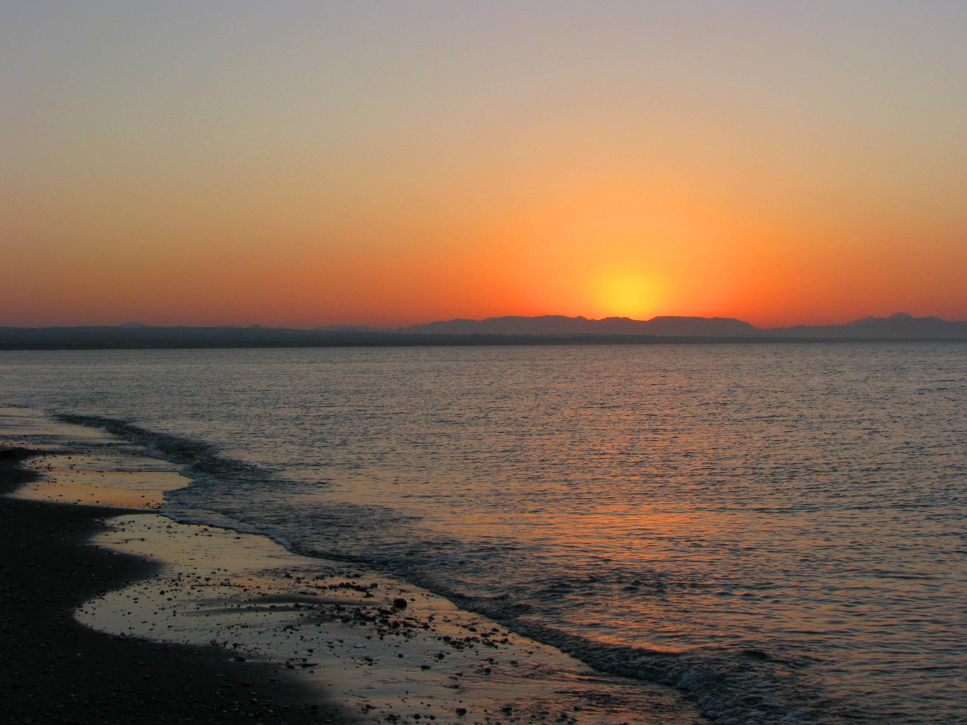 Foto playa Costacabana. Amanecer en el Cabo de Gata