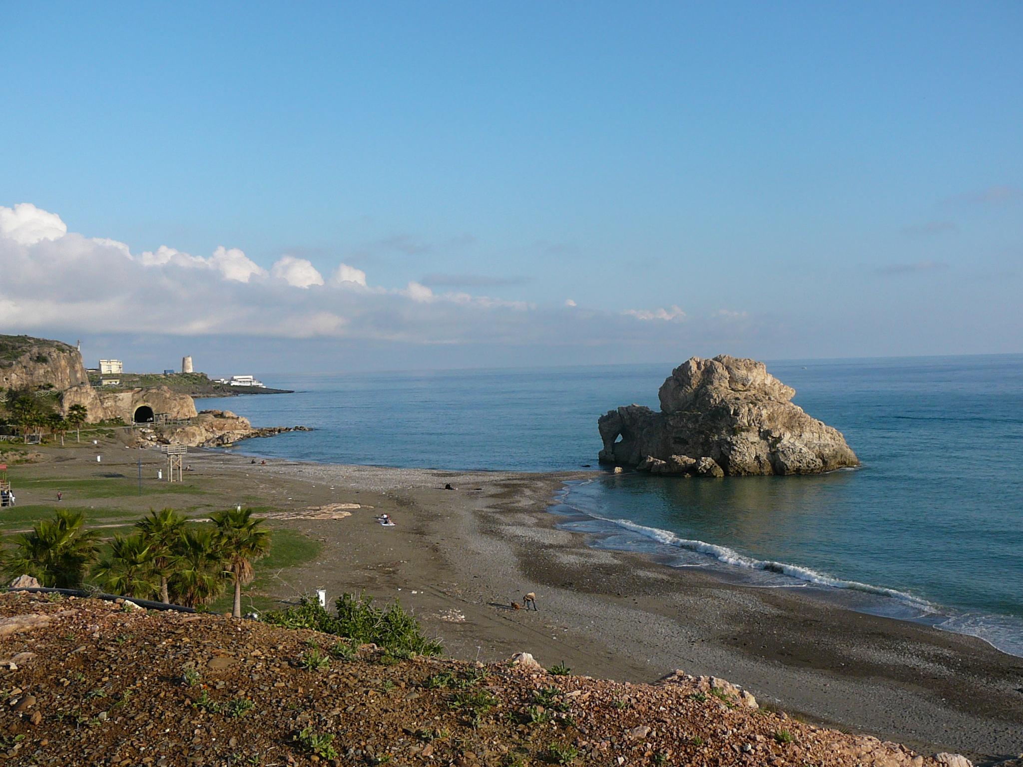 Foto playa Peñón del Cuervo. Vista del Peñón del Cuervo