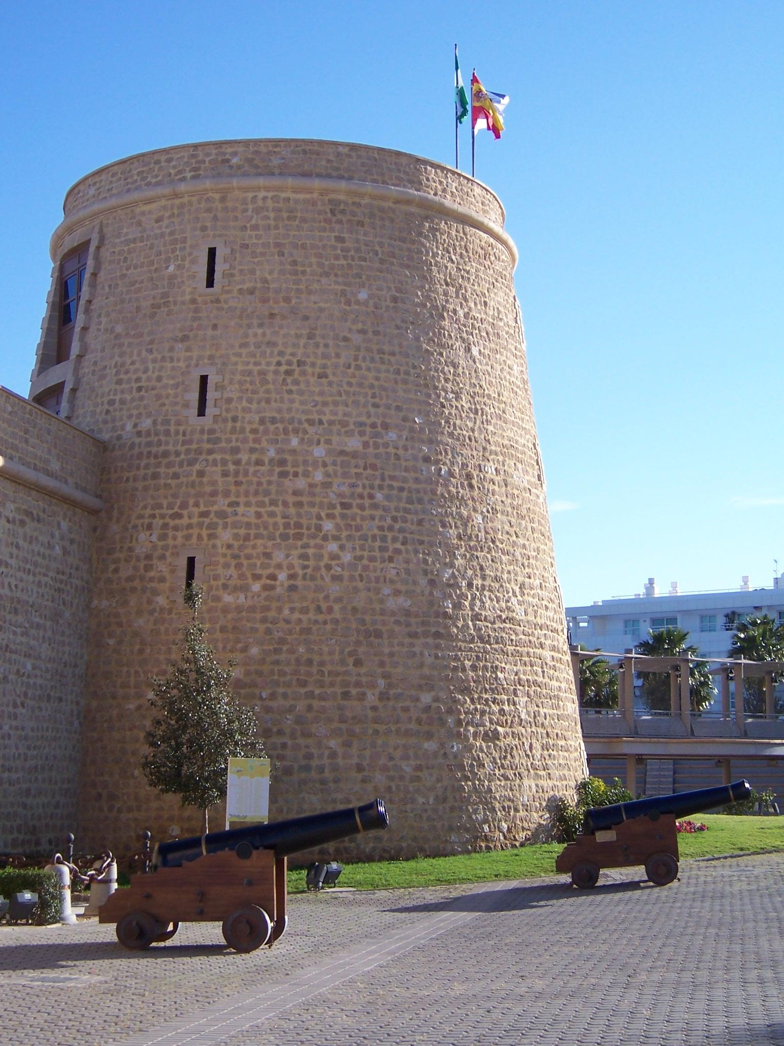 Foto playa Las Salinas / Los Baños. castillo de santa ana