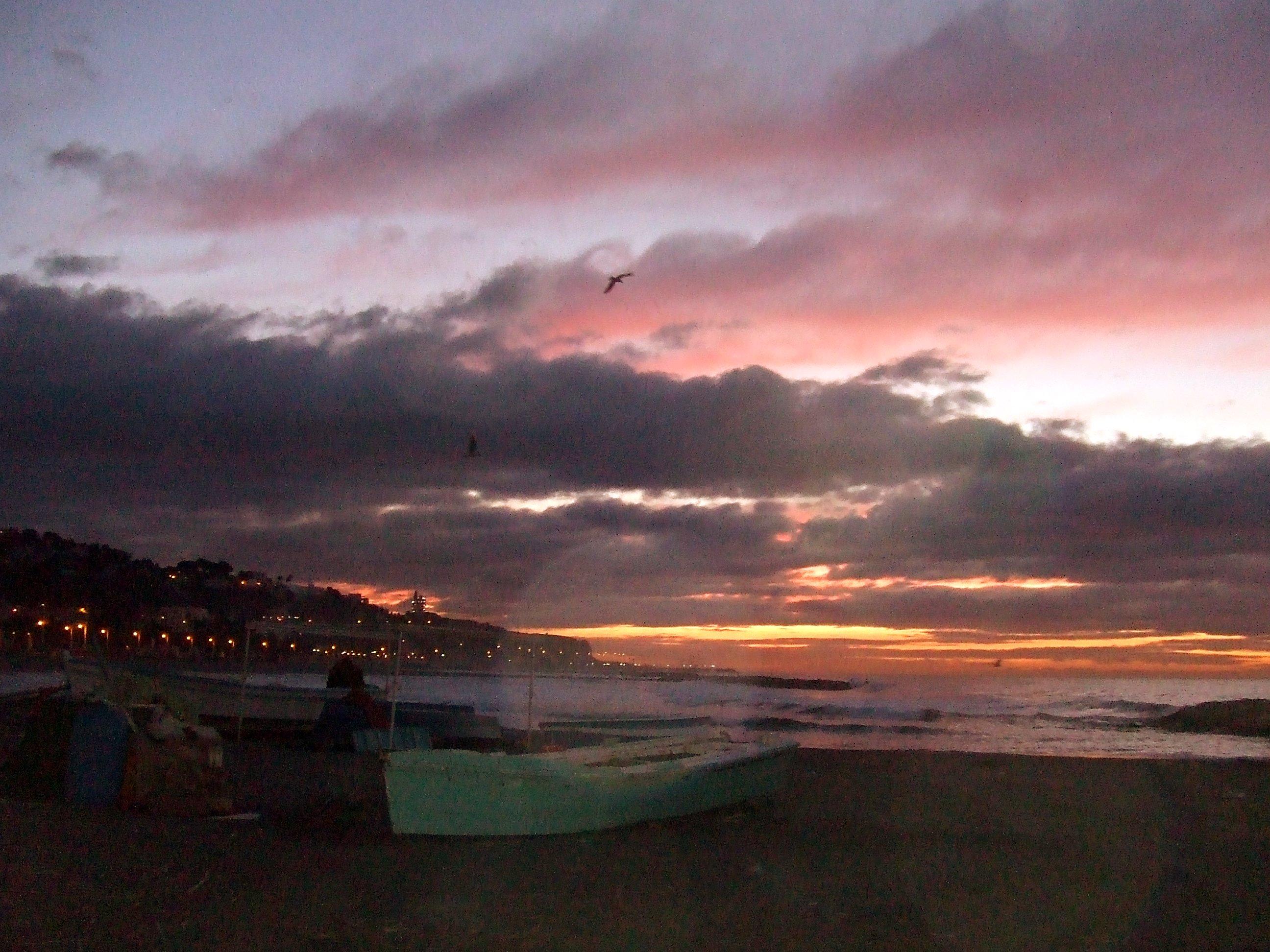 Foto playa El Candado. Amanecer