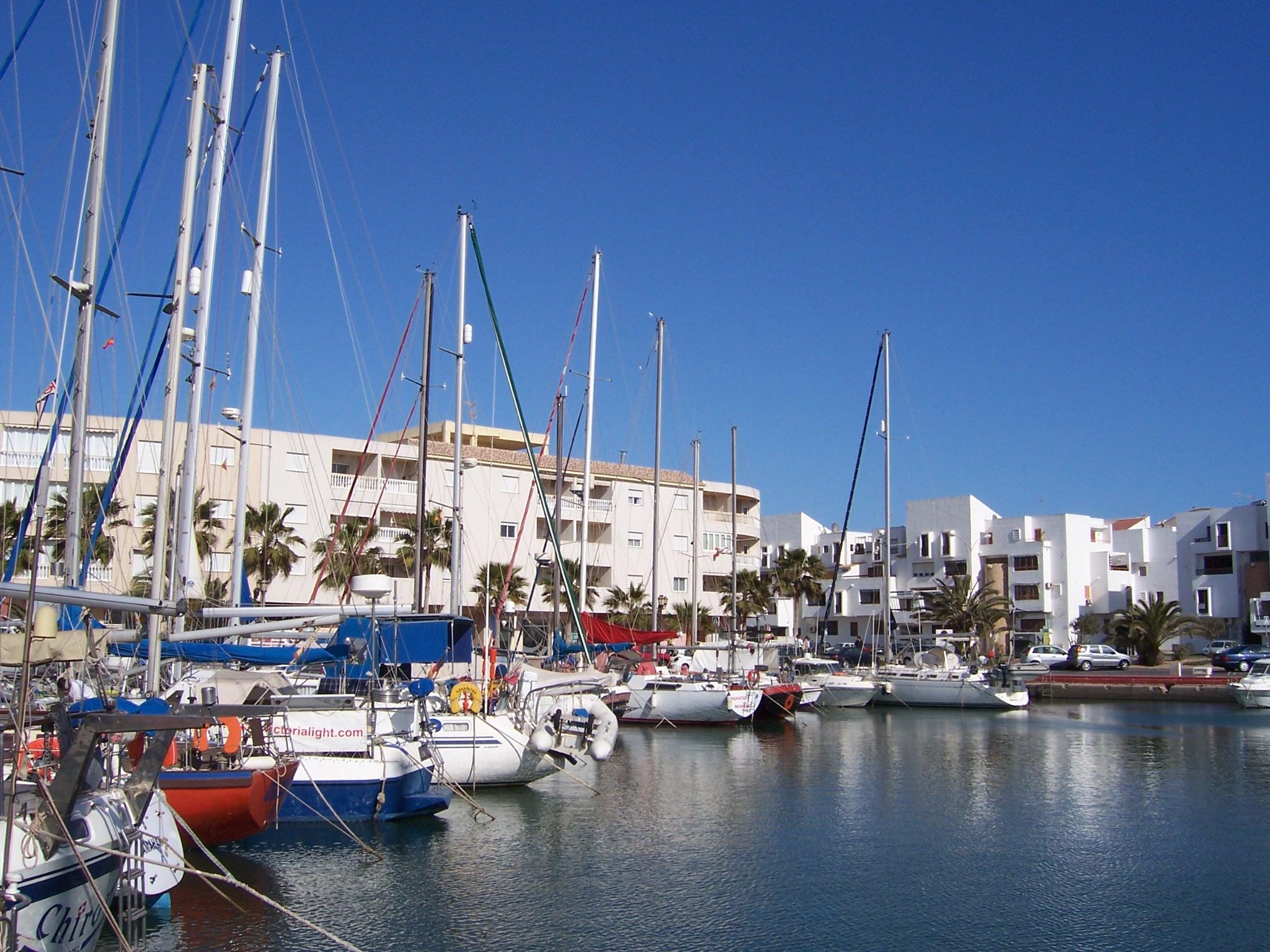 Foto playa Levante Almerimar. puerto de Almerimar