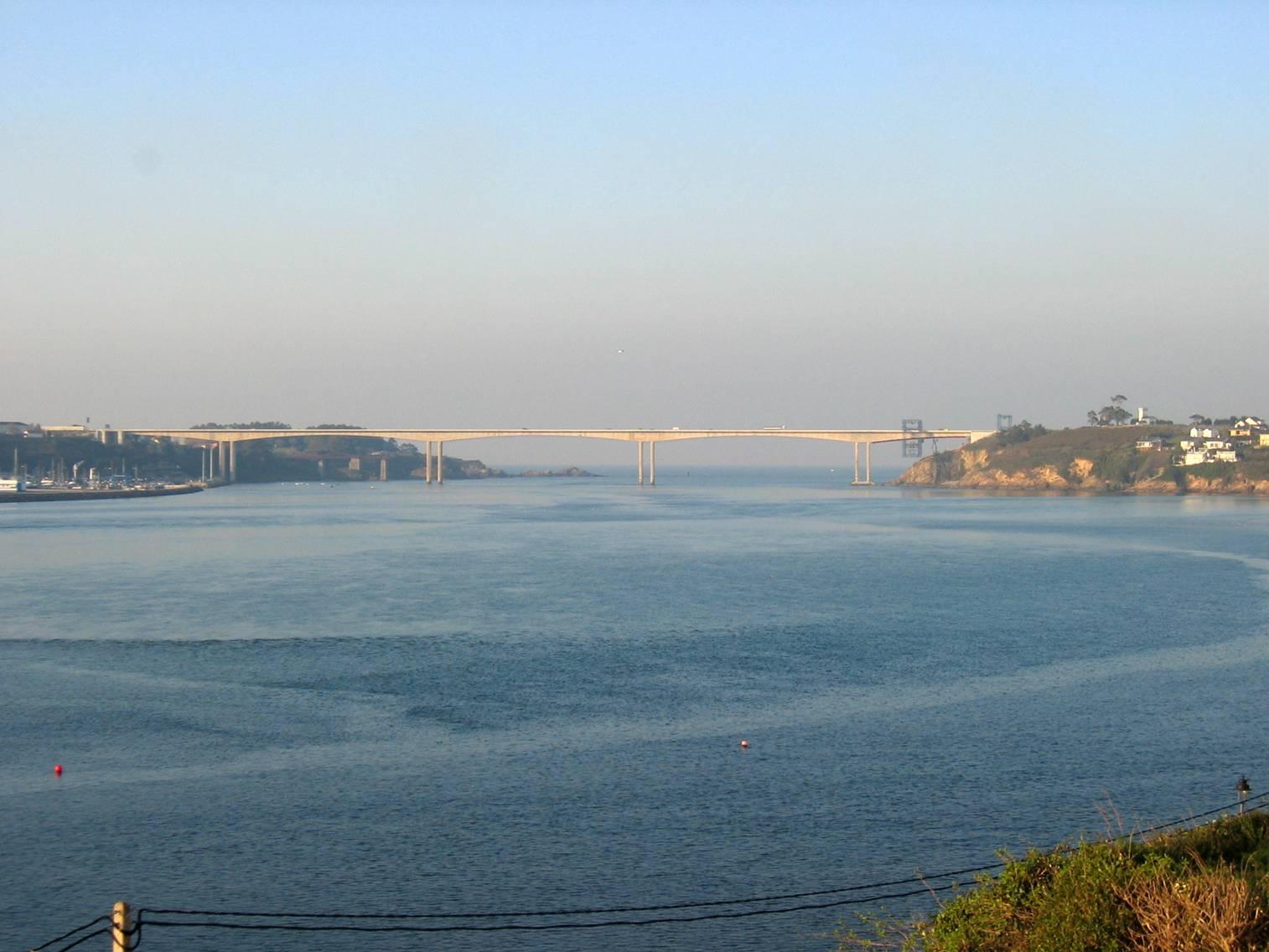 Foto playa San Román. Puente de los Santos desde Castropol