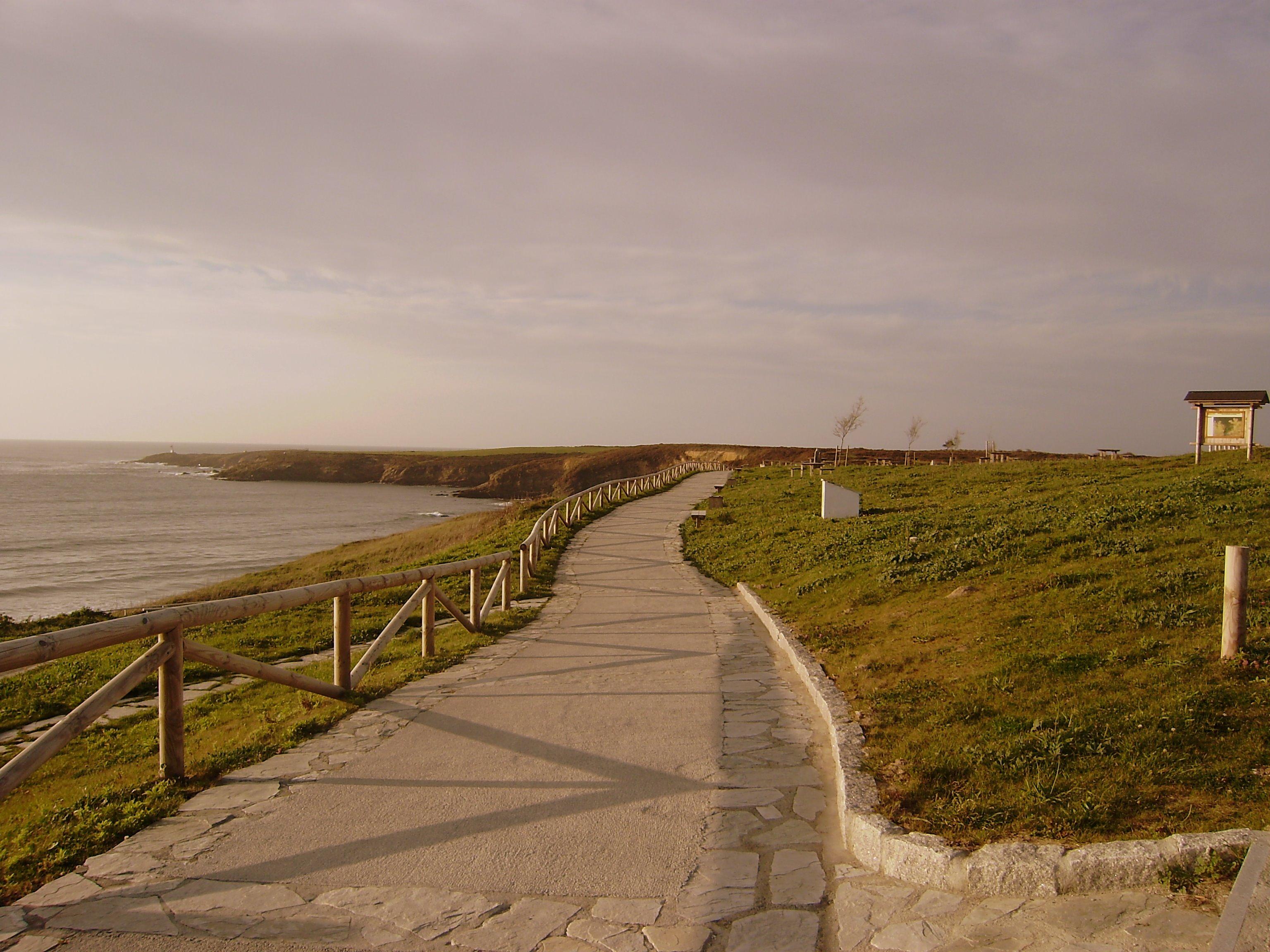 Foto playa Arnao.  Area Recreativa de Arnao Castropol Asturias