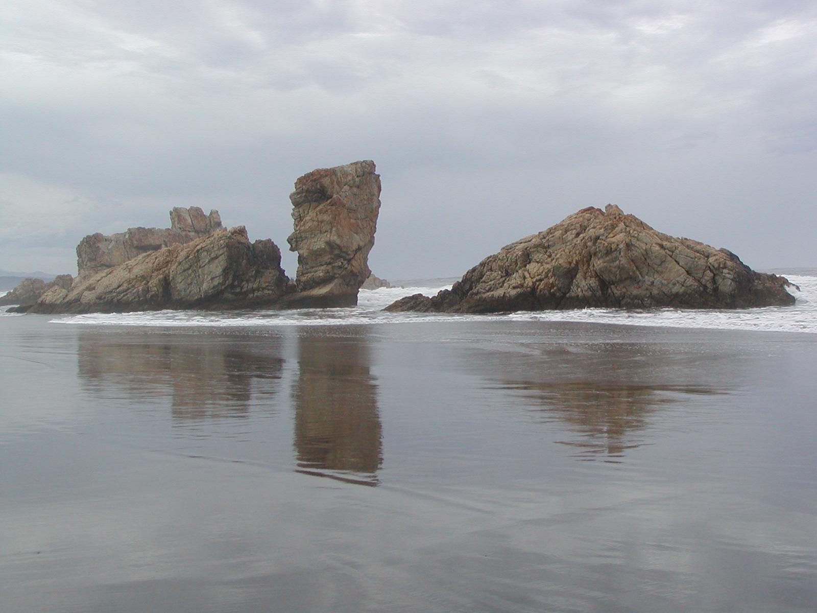 Foto playa Pantorga / Santa Gadea / Ribeiria. playa solitaria