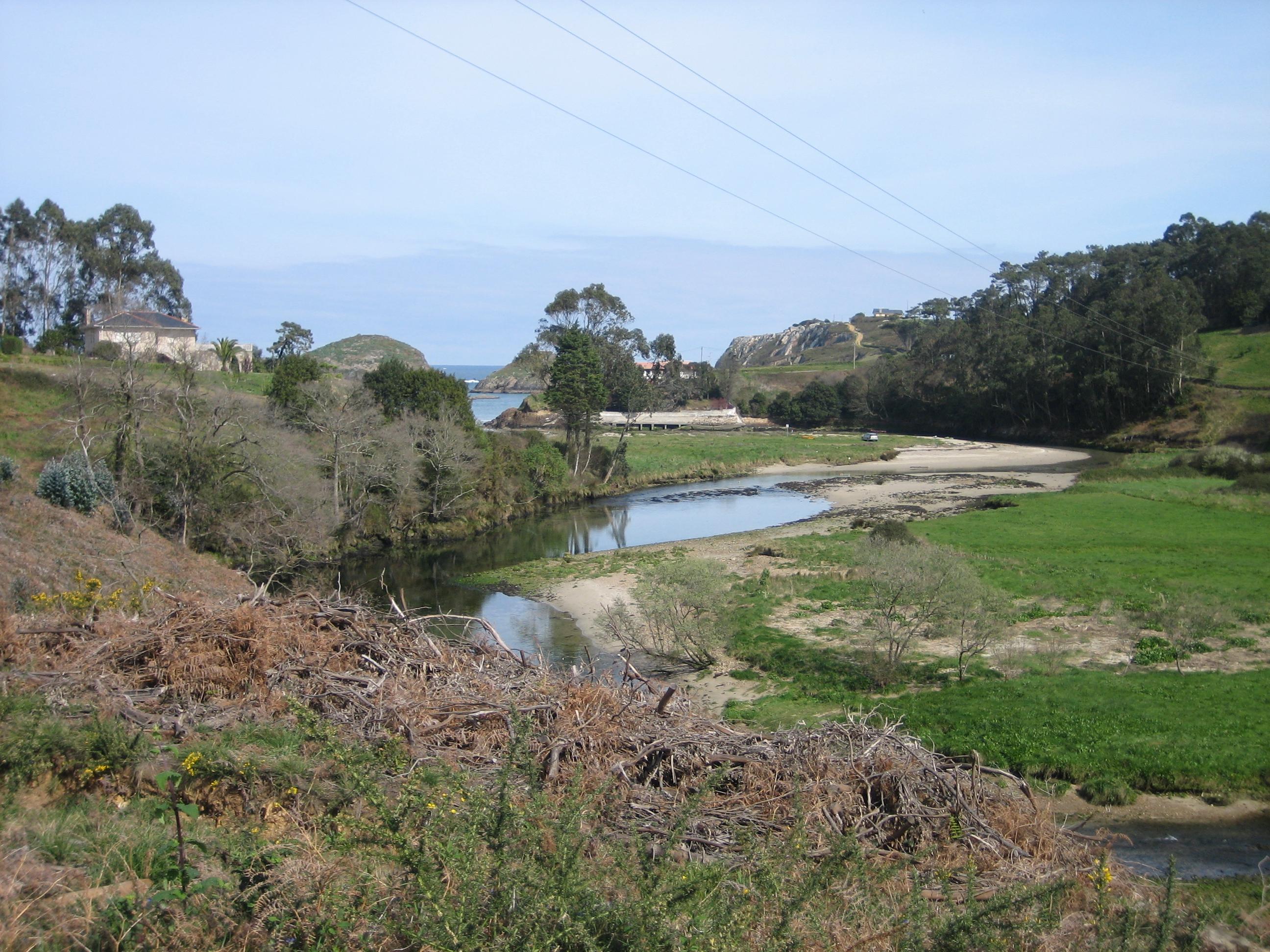 Foto playa Castelo / Castello. Desembocadura del rio Porcia