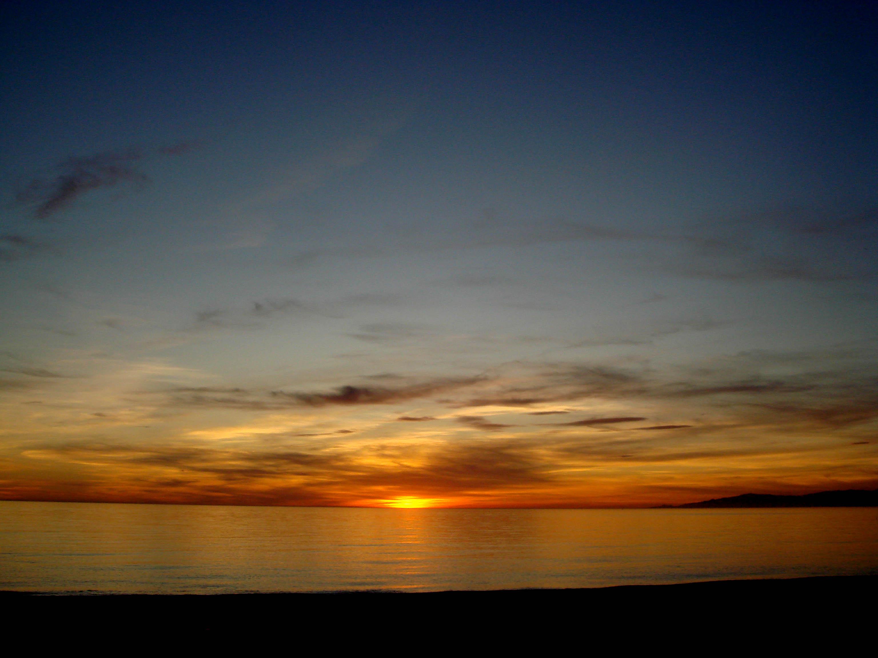 Foto playa El Moro / Peñafurada. Puesta de sol desde la almadraba de Balerma