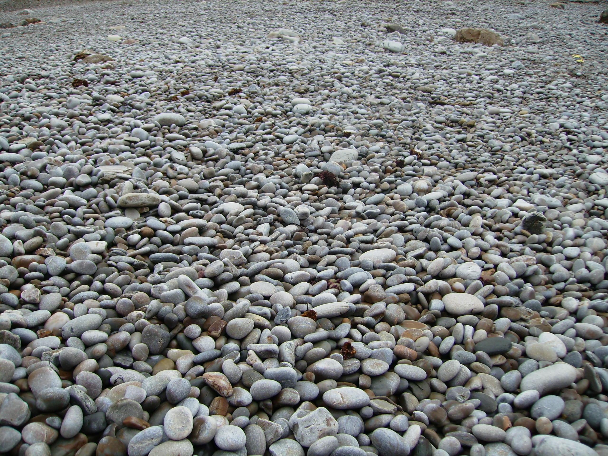 Foto playa Cueva / La Arena. Piedras de la Playa del Silencio