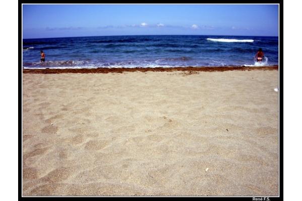 Foto playa El Castro / Caldeirina. En la playa de Otur