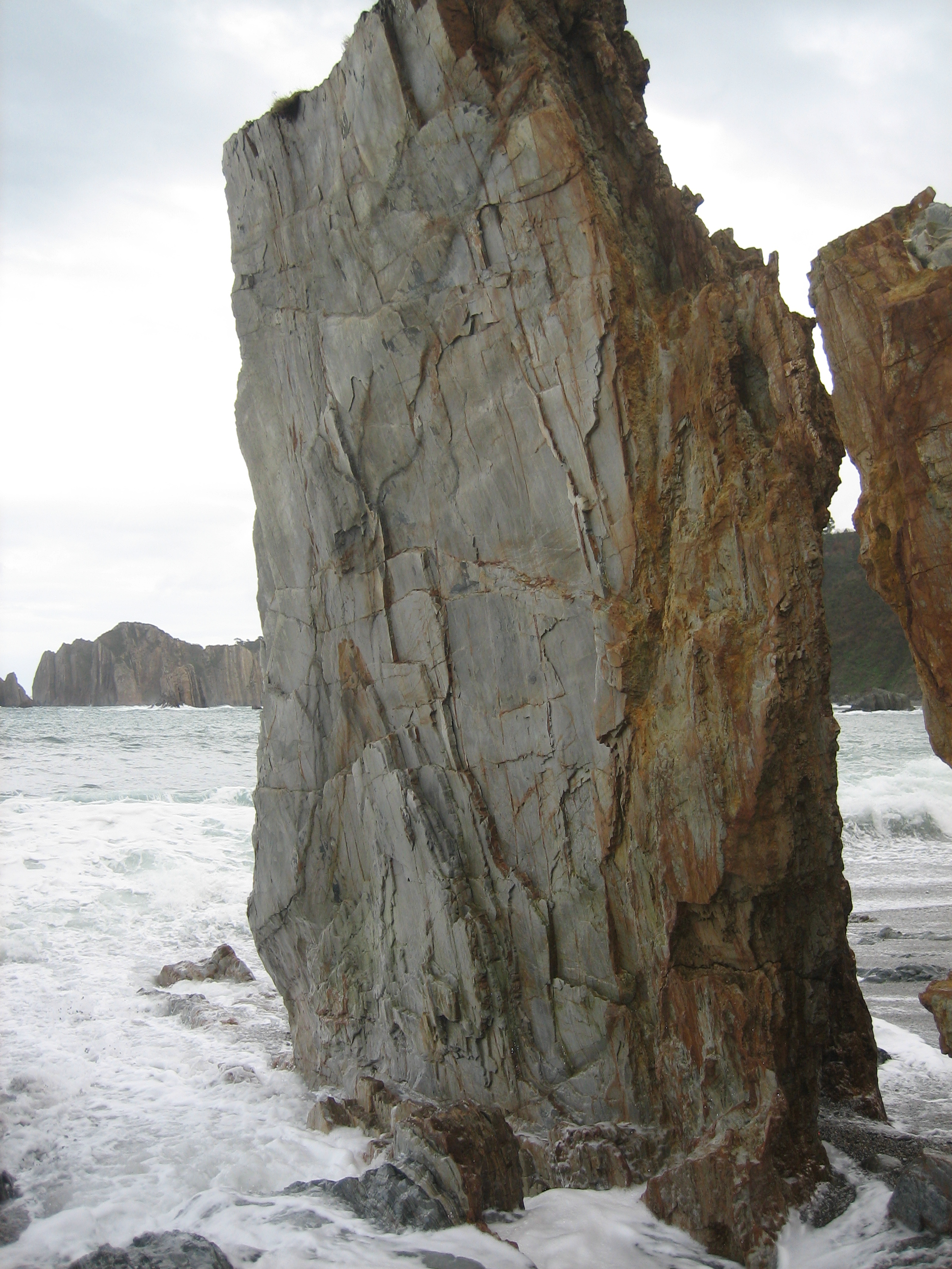 Foto playa Ribera del Molín. Monolito
