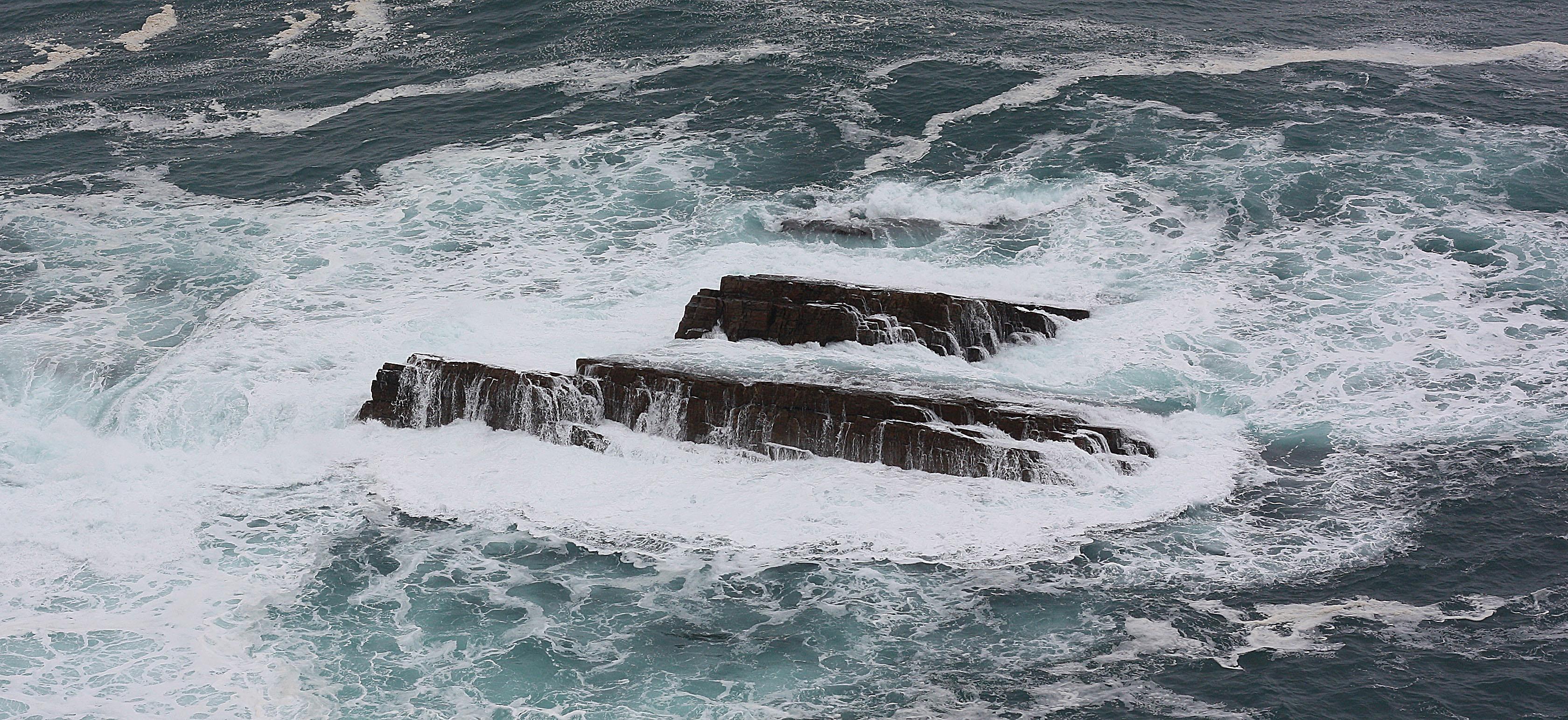 Foto playa Las Rubias. olas cerca de cabo vidio