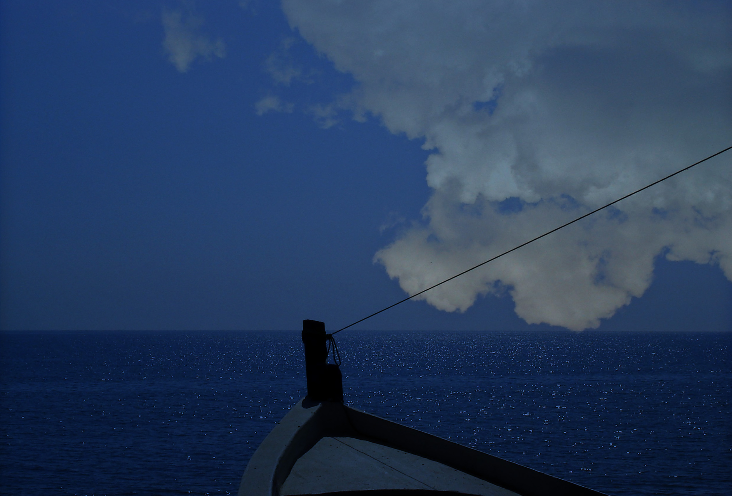 Foto playa Guadalhorce. La barca azul