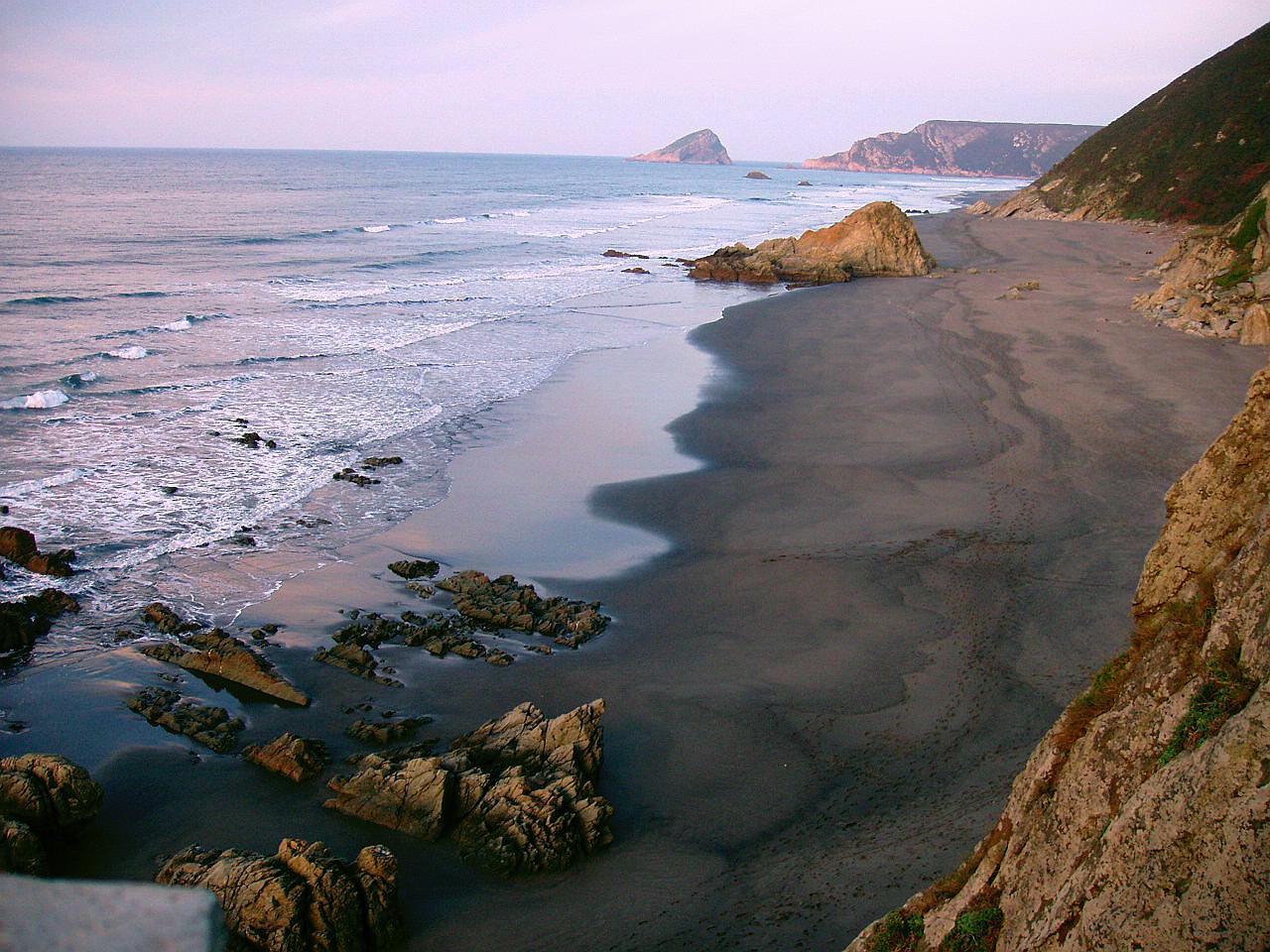 Foto playa Los Quebrantos. La Arena, Asturias