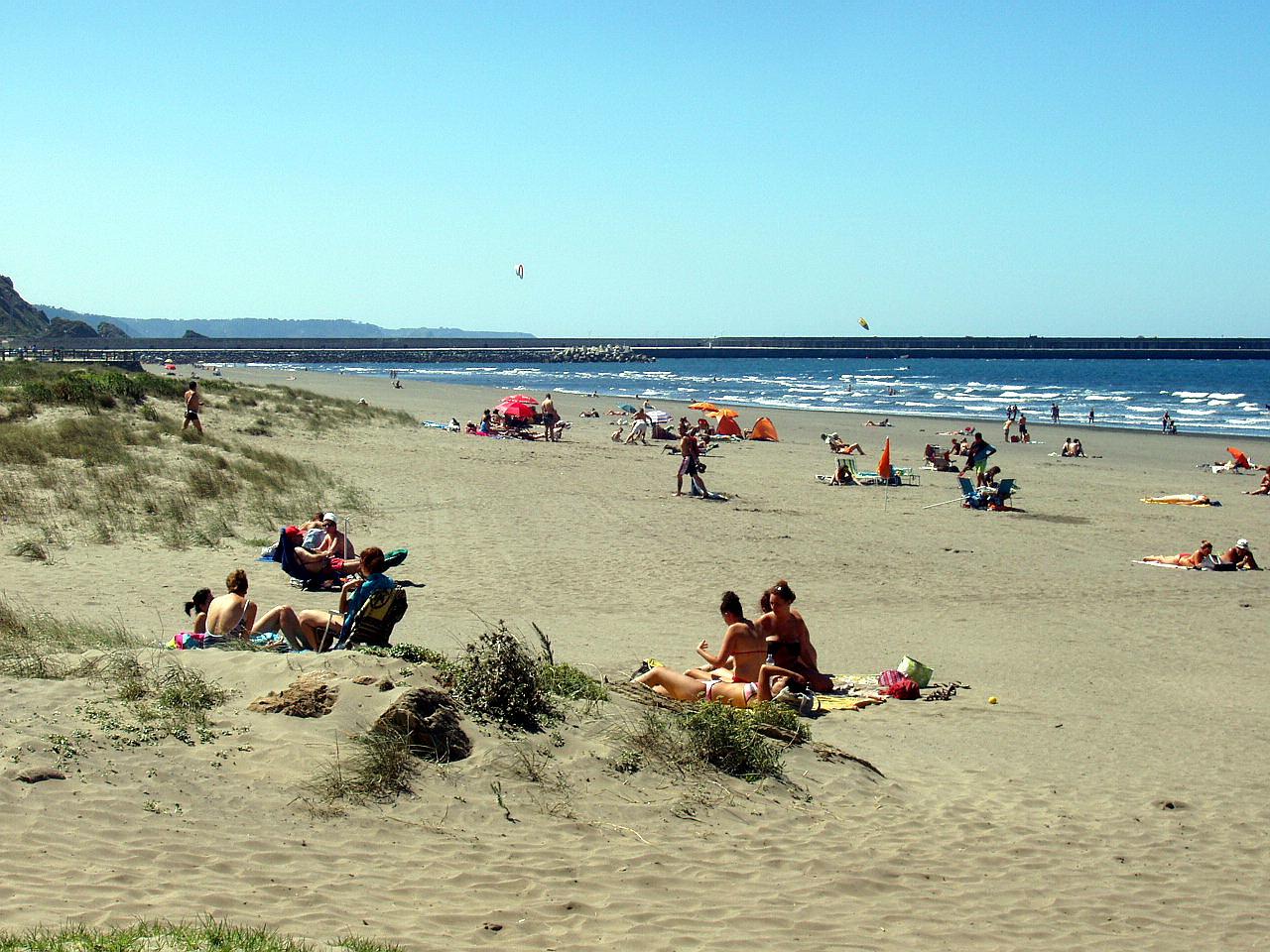 Playa Playón de Bayas / El Sablón
