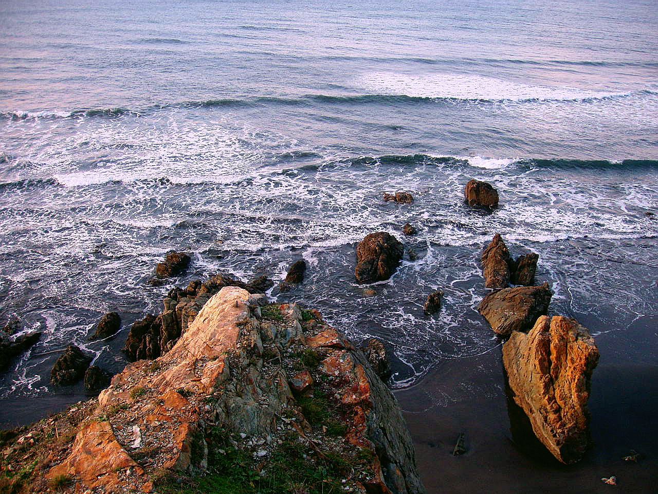Foto playa Requexinos. La Arena, Asturias