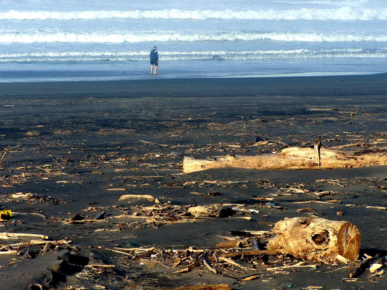 Foto playa Requexinos. Playa de los Quebrantos, La Arena, Asturias