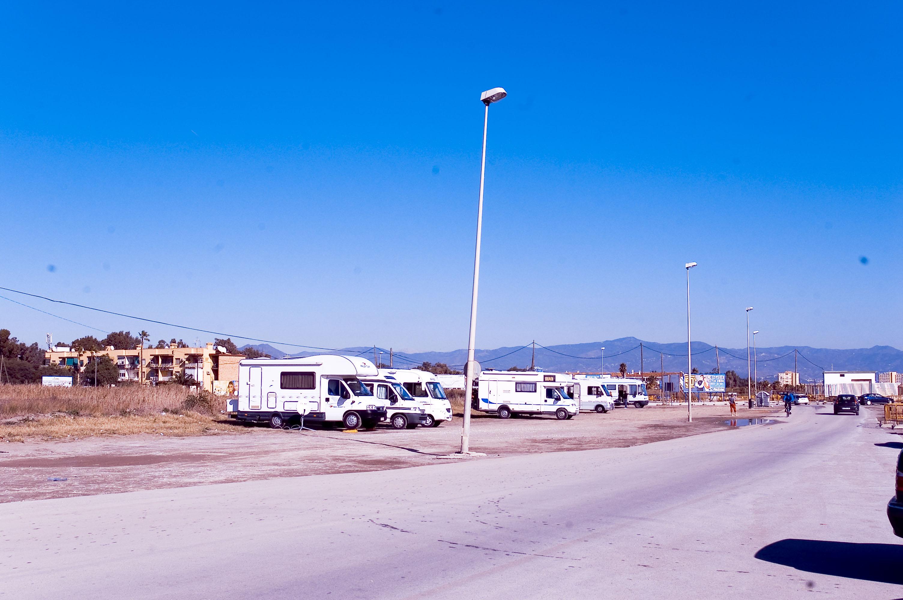 Foto playa Playa del Campo de Golf / Campo de Golf San Julián. zona no oficial donde se aparcan caravanas de todas las nacionalidades