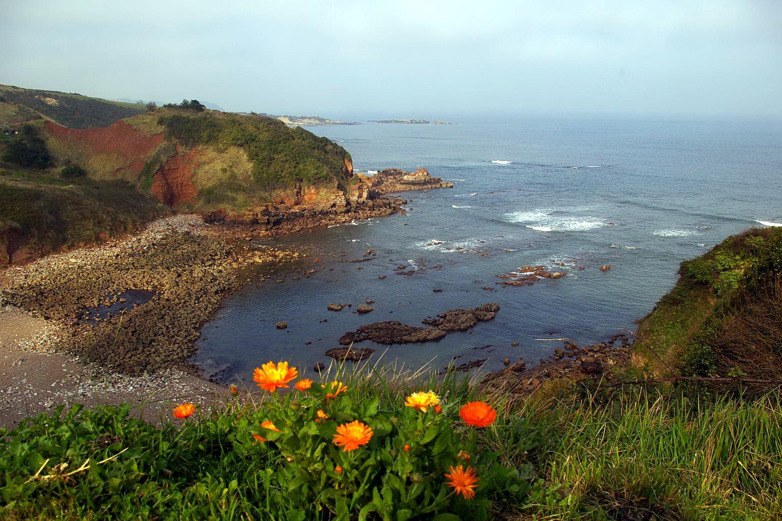 Foto playa Taluxa. Vista desde Paseo de San Antonio, Candas, Asturias