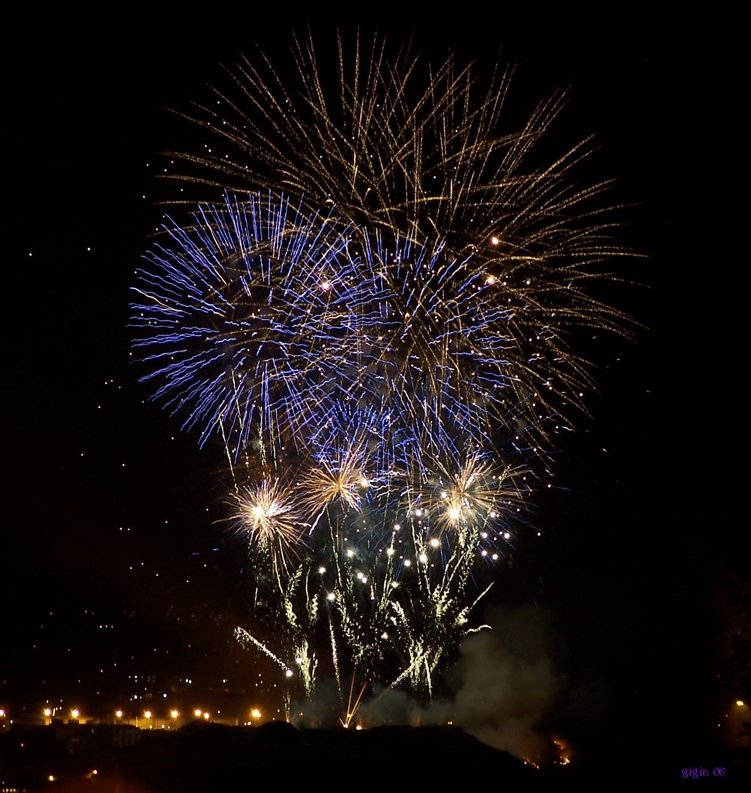 Foto playa Peñarrubia. Explosion of colours.