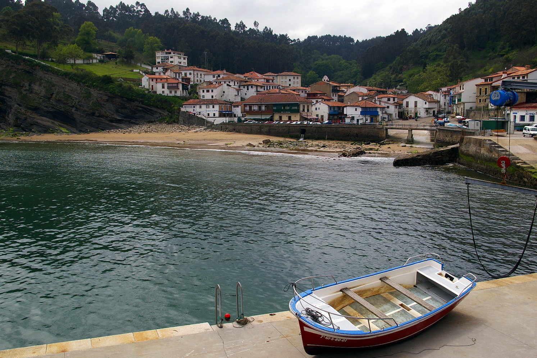 Foto playa Tazones. Tazones, Asturias, España