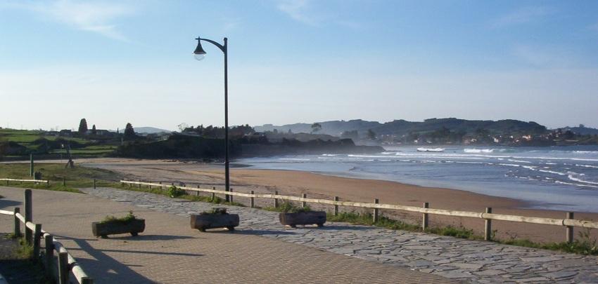 Foto playa El Viso / Arenal de Moracey. Caravia vista playa de Espasa