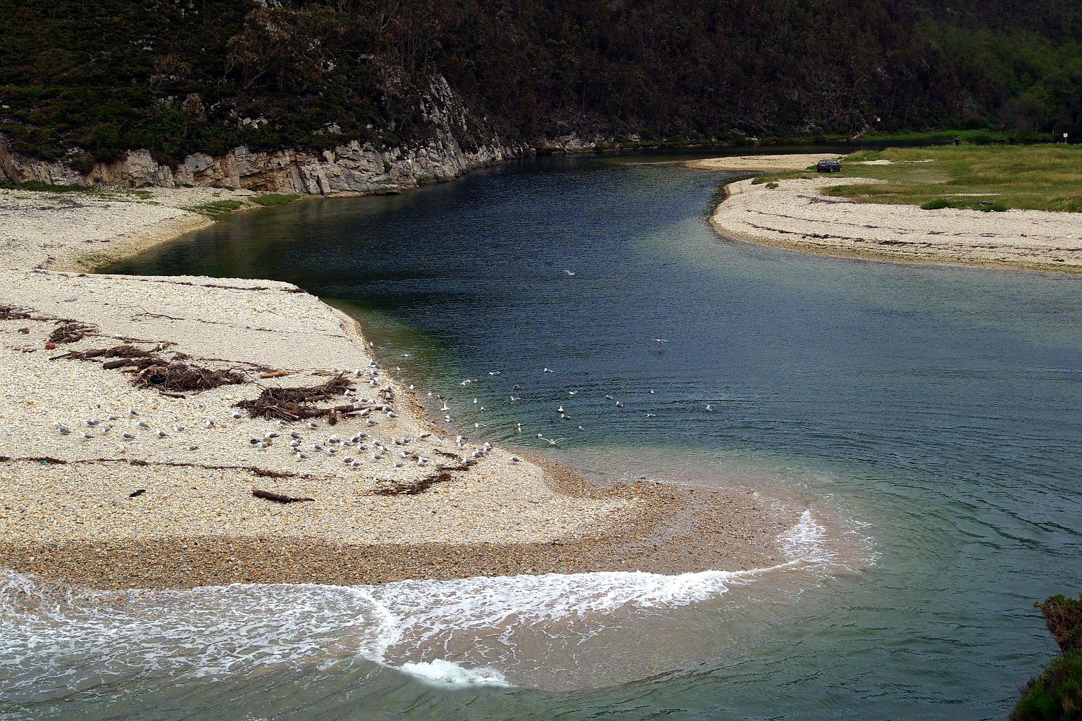 Foto playa San Antolín. Desembocadura Rio Bedón, San Antolin de Bedon, LLanes, Asturias
