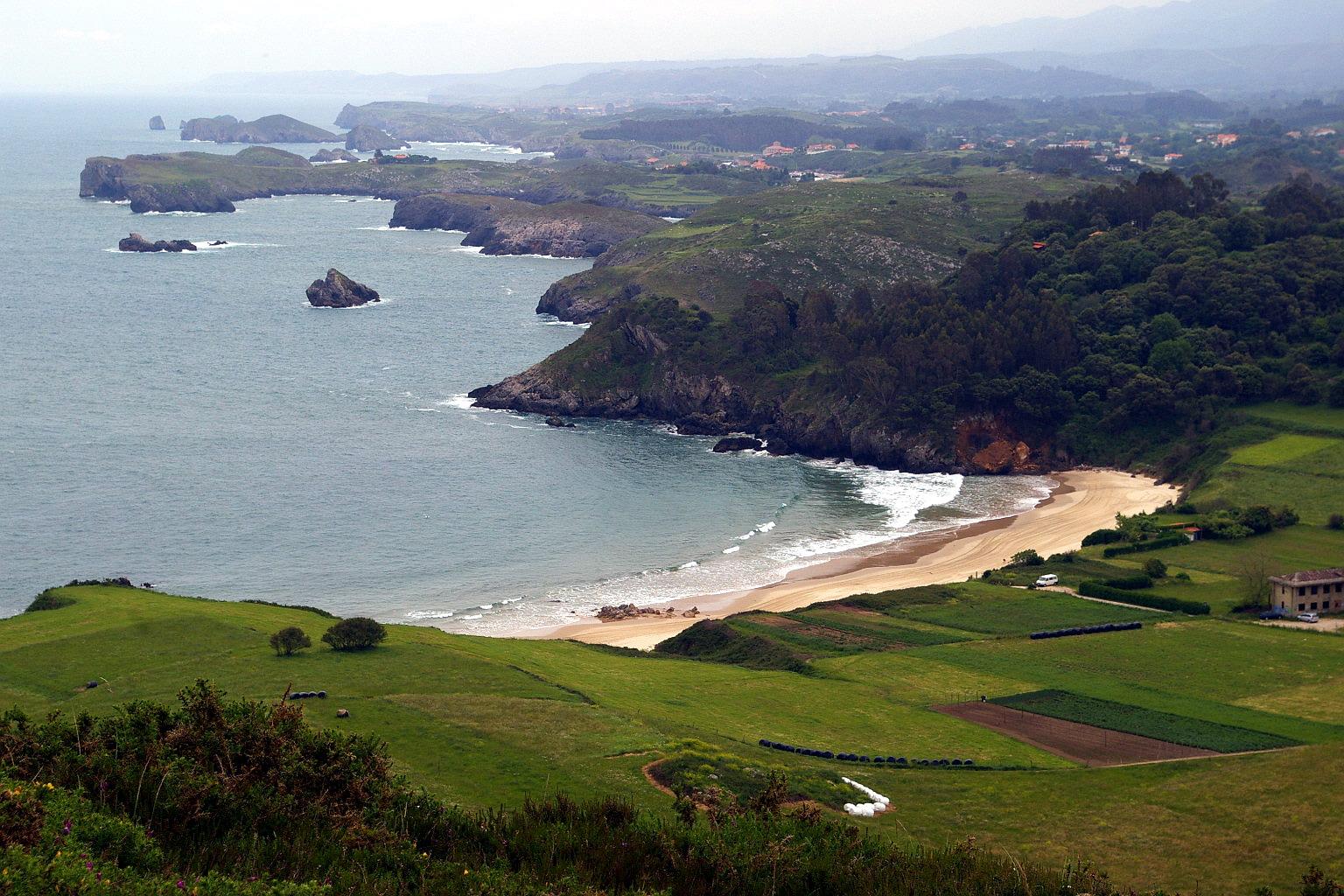 Foto playa La Entrada. Playa de Toronda, Niembro, LLanes, Asturias