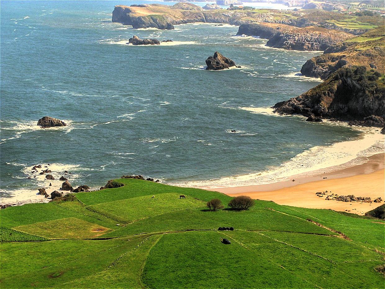 Foto playa La Entrada. Niembro Playa