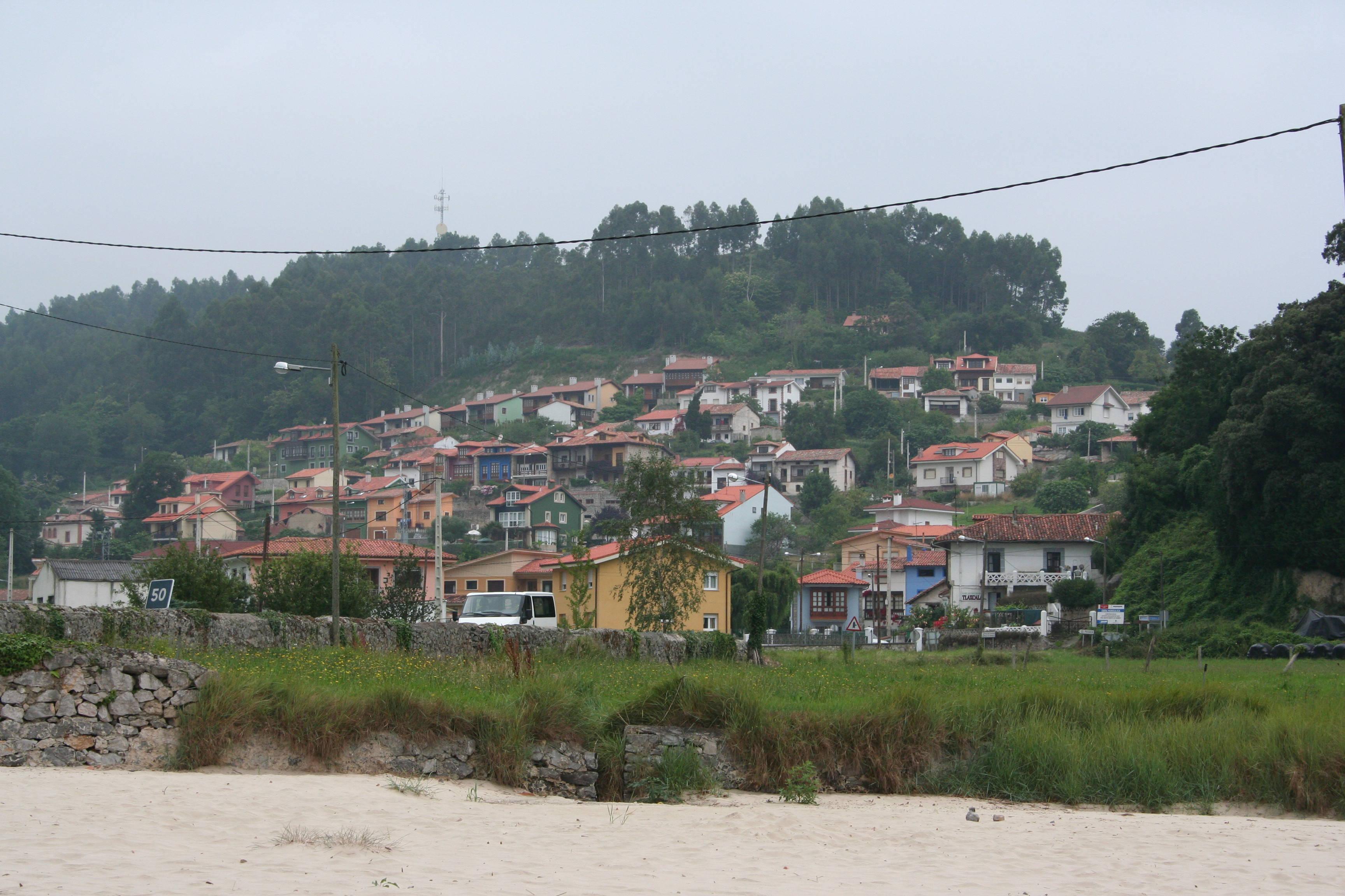 Foto playa Troenzo. Niembro - 02