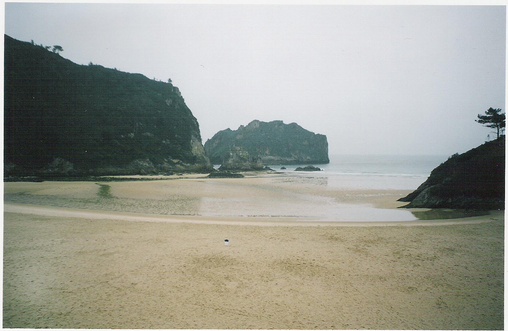 Foto playa La Acacia / Las Gaviotas / Jorconera. playa de La Franca (asturias)