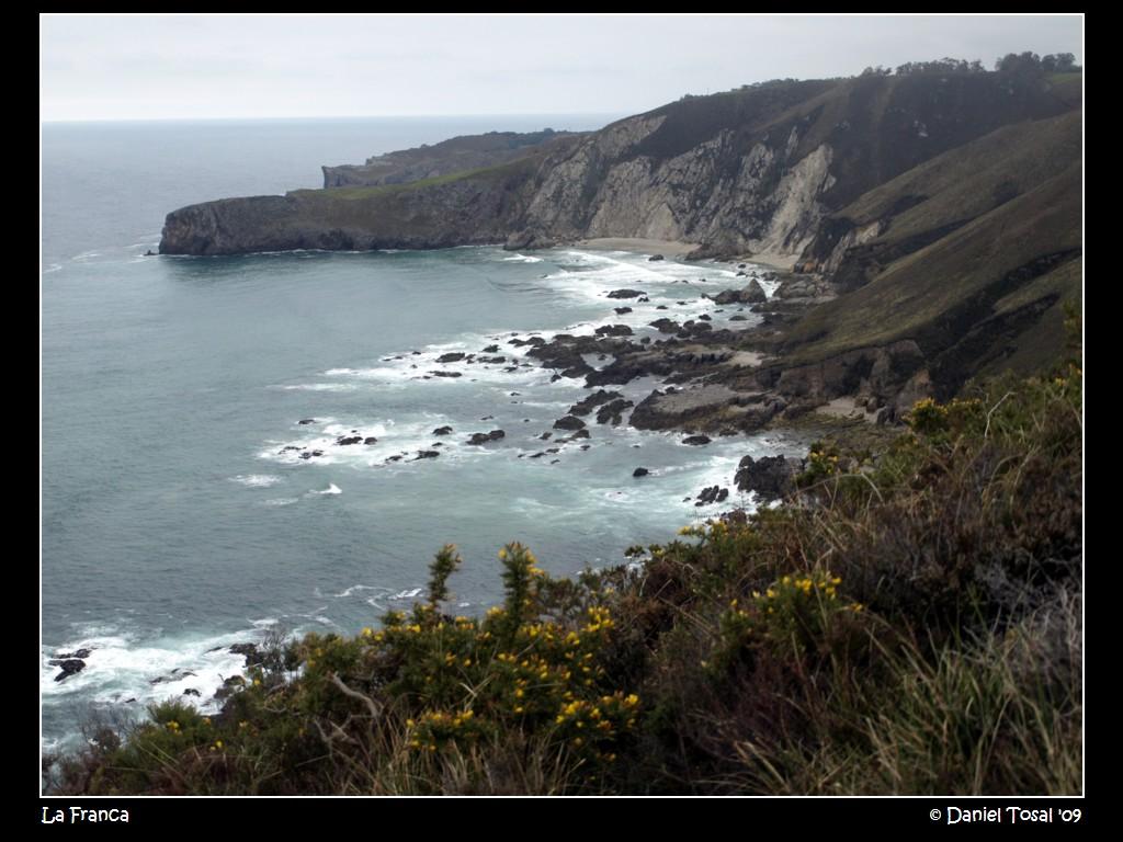 Foto playa El Oso. Mendía