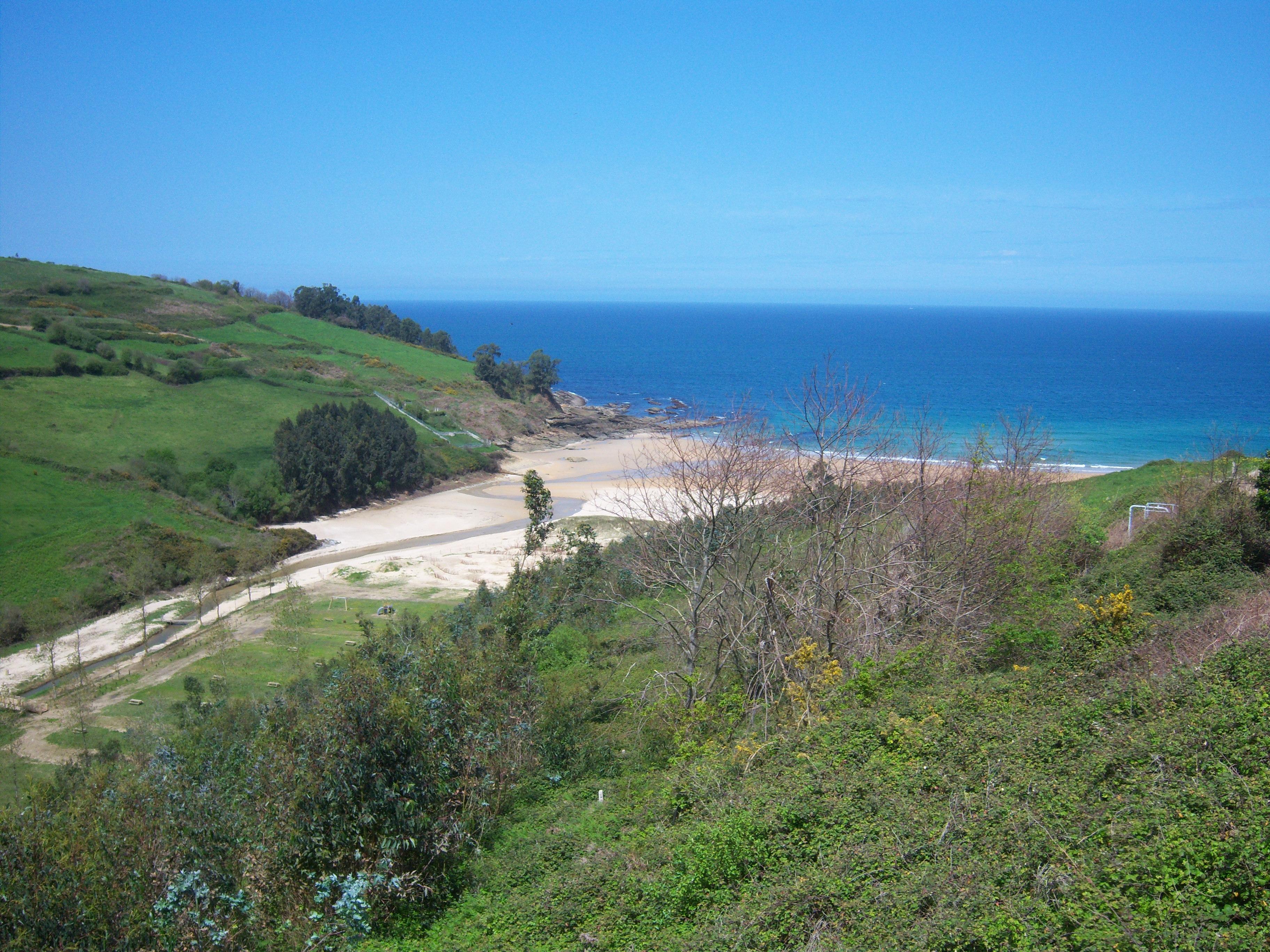Foto playa Luaña / Cóbreces. Playa de Cobreces (Cantabria)