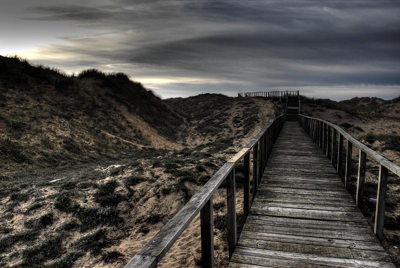 Foto playa Kapelaundi / Malda Ranas / Manorranas. Pasarela sobre las dunas de Liencres