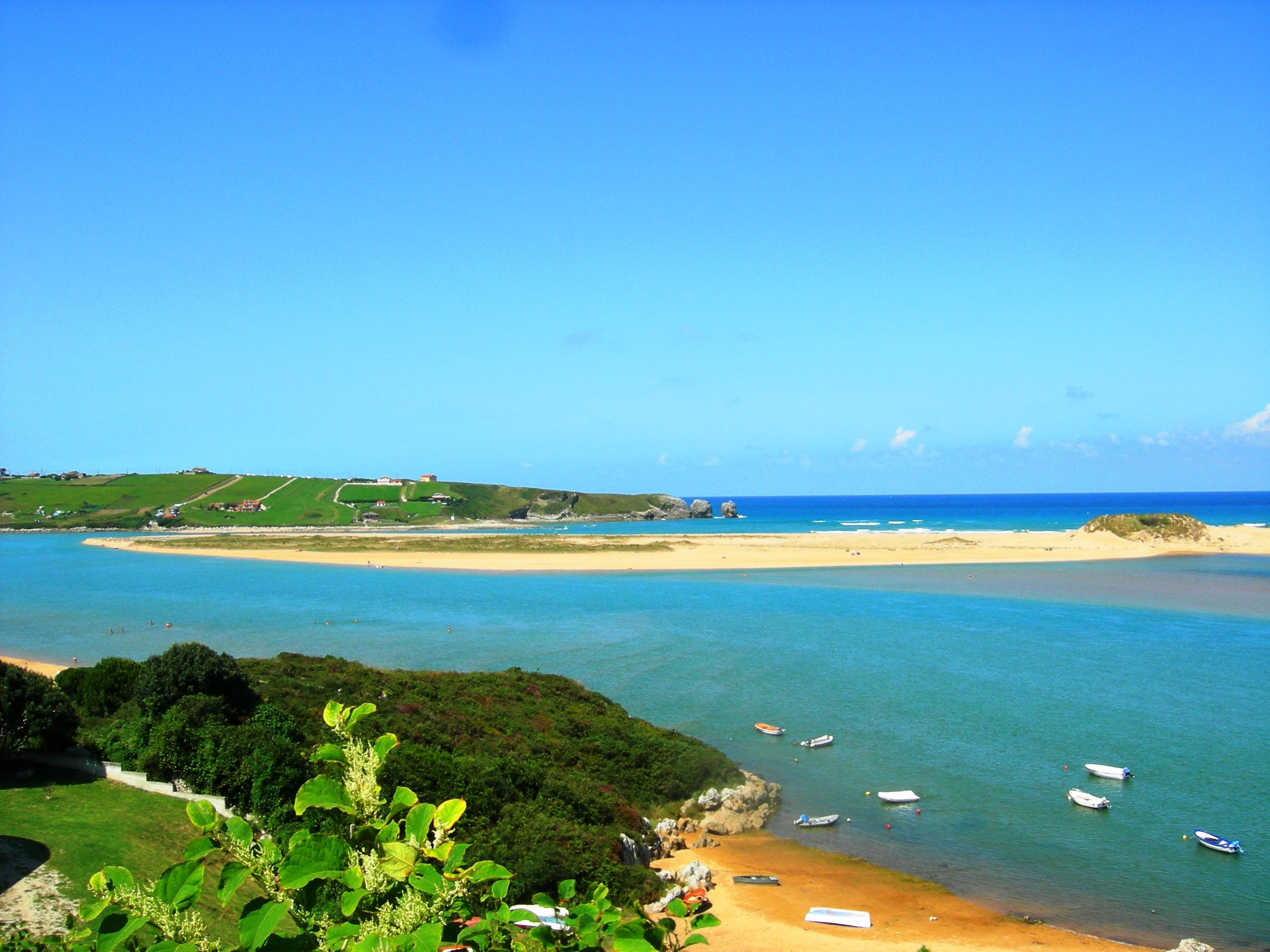 Foto playa Kapelaundi / Malda Ranas / Manorranas. Playa de Liencres desde Mogro