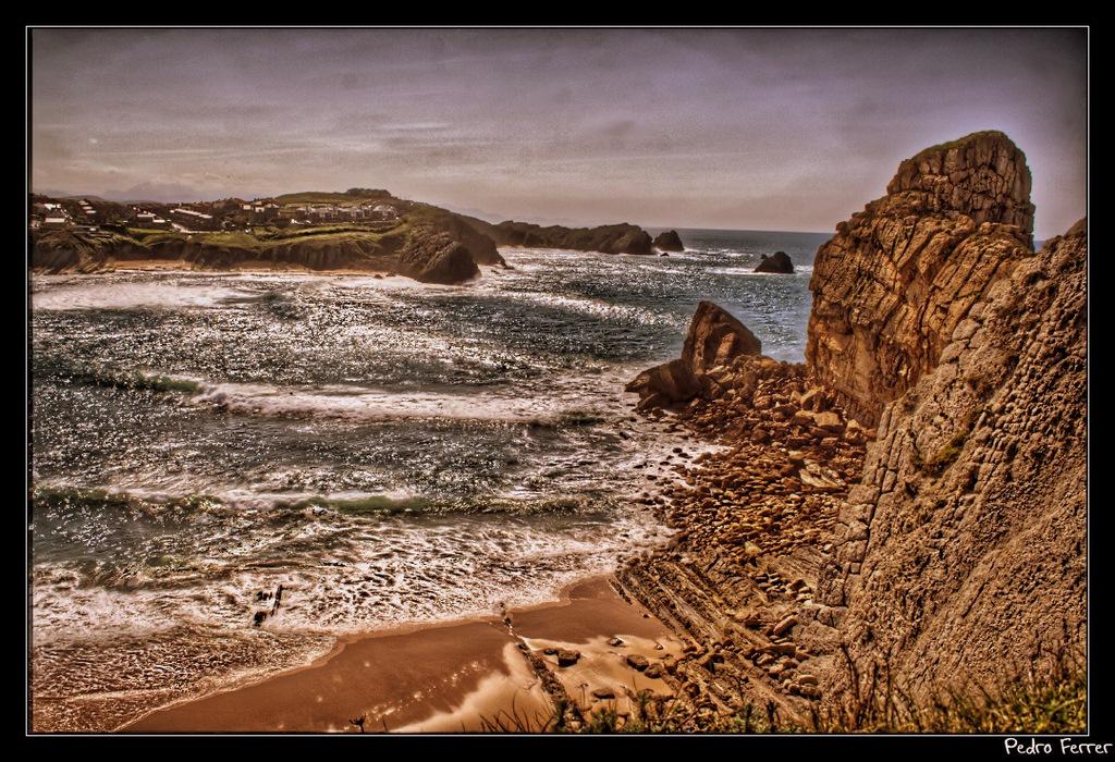 Foto playa Hondarribia. Playa de Portio - Cantabria - Spain