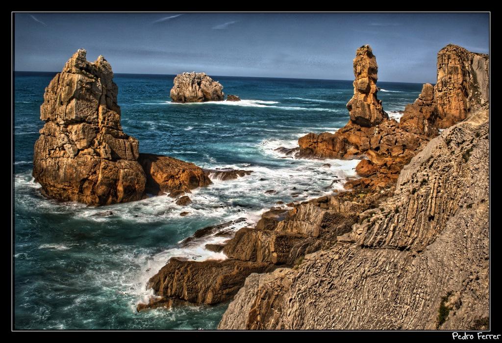 Foto playa Inpernupe. Acantilados Portio - Cantabria - Spain