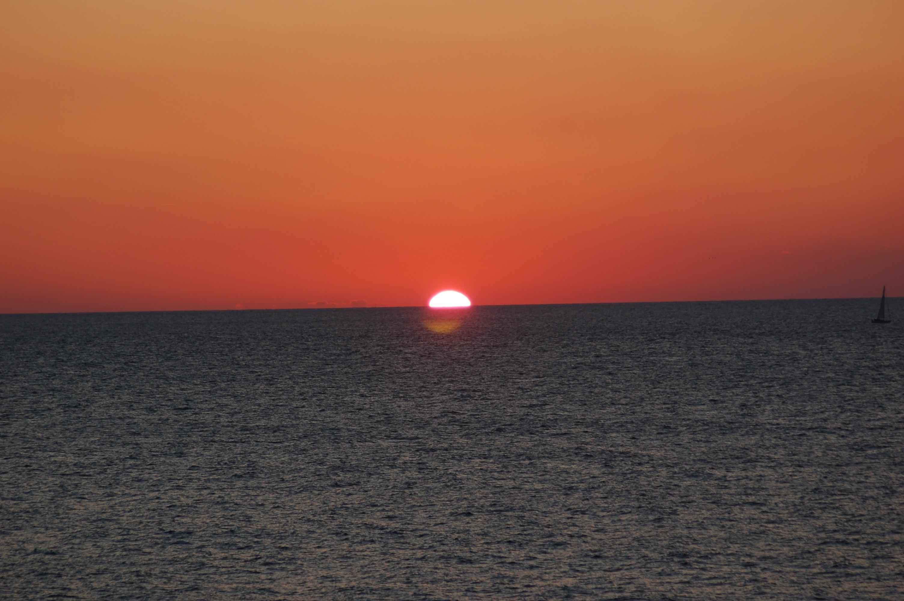 Foto playa Virgen del Mar. Puesta de sol desde Virgen del Mar 08-2007