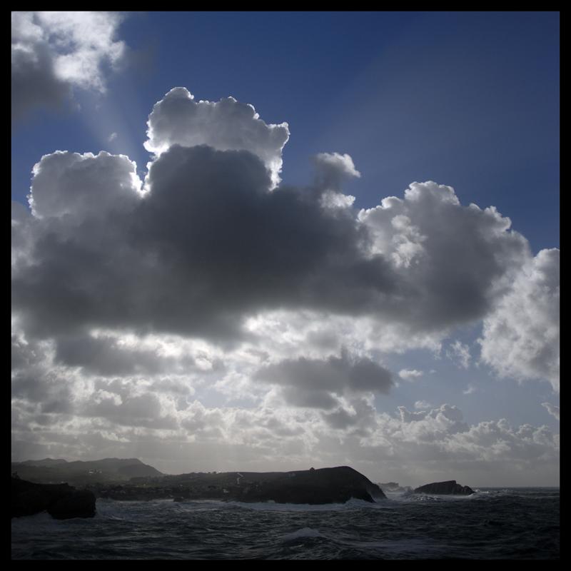 Foto playa Virgen del Mar. Tormenta en el Cantábrico