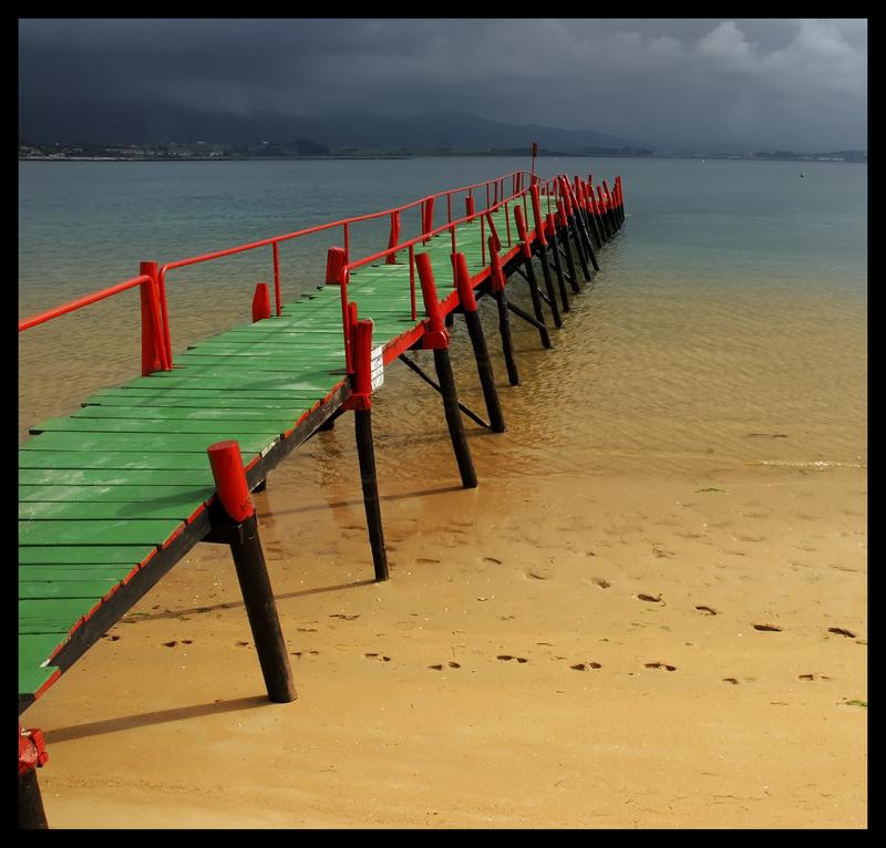 Foto playa Los Bikinis. Pasarela del Puntal