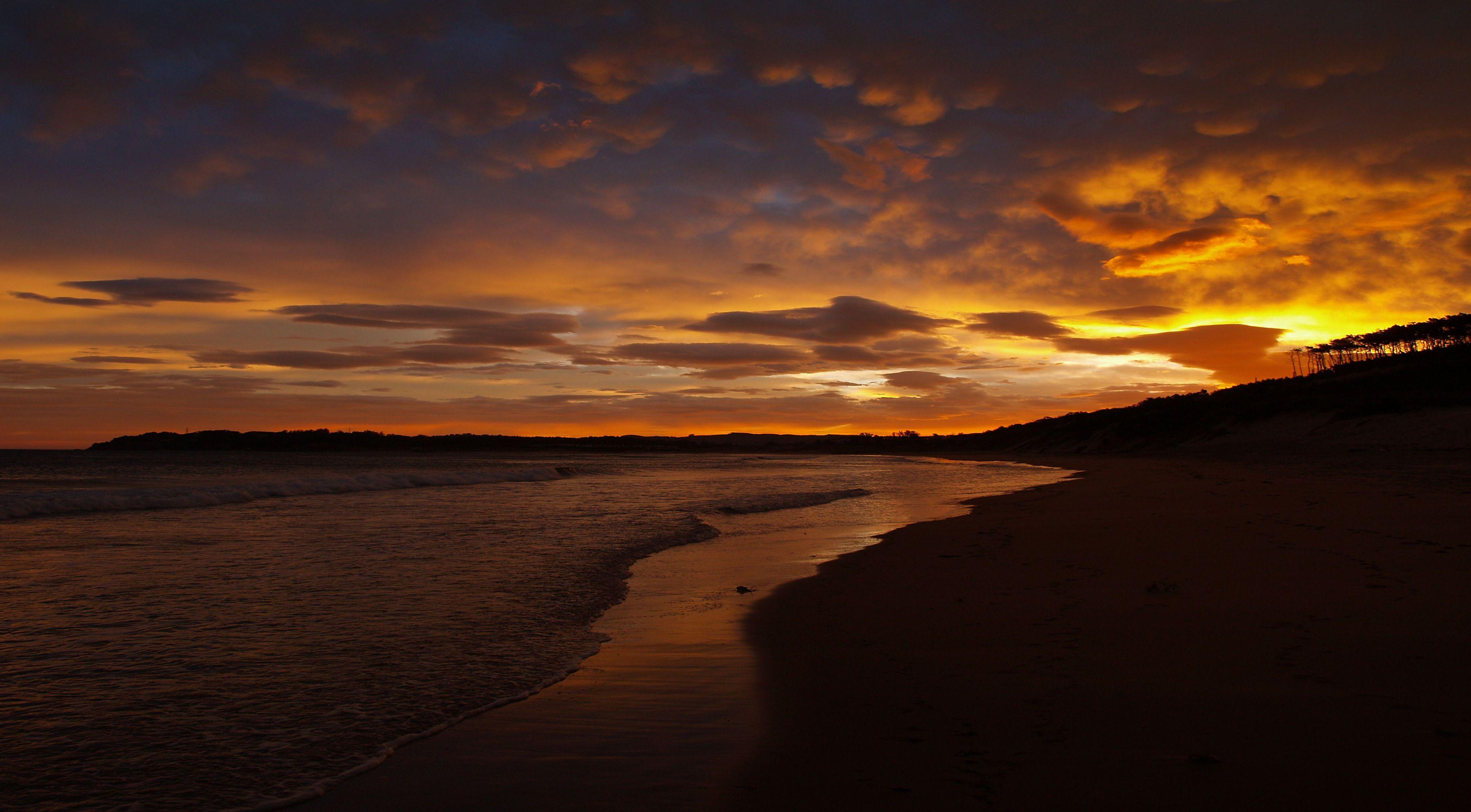 Foto playa Somo. SOMO AMANECER CON SUR