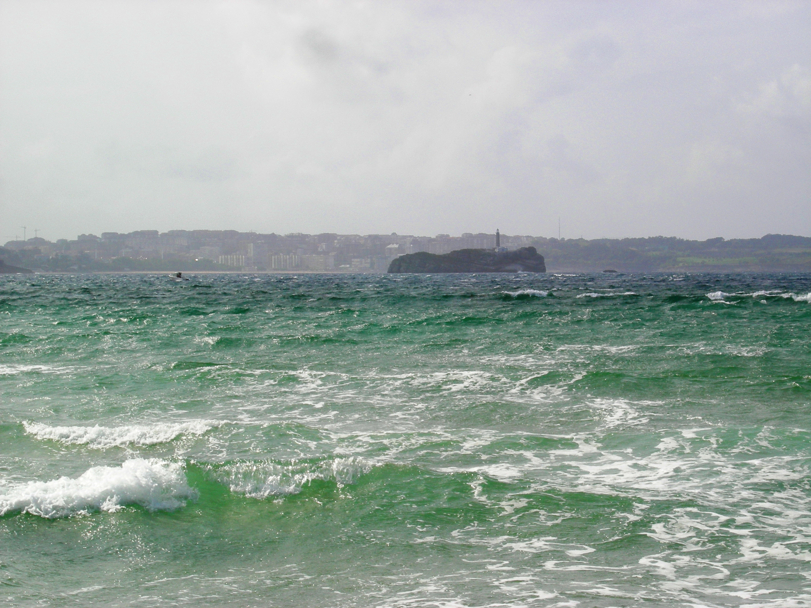 Foto playa Loredo. Santander. Isla de Mouro