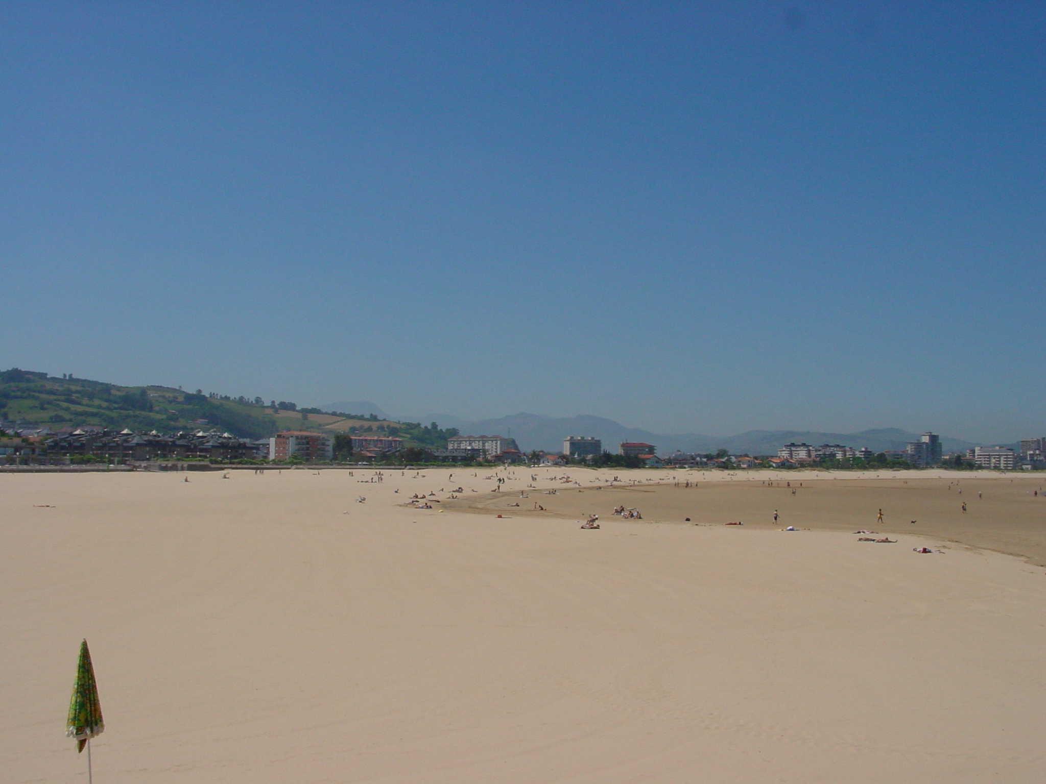 Foto playa Aila. Playa de Laredo - 03