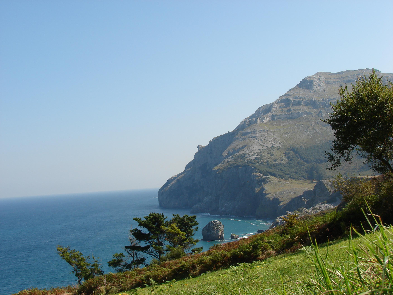 Foto playa San Julián. Acantilados De Liendo (Cantabria)