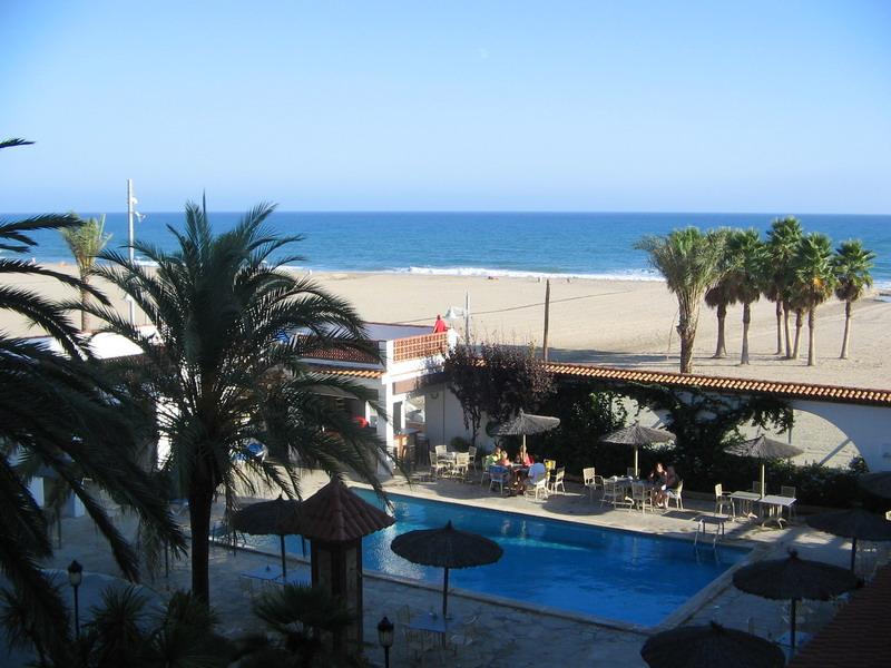 Foto playa Coma-Ruga. Hotel Grand Evropa