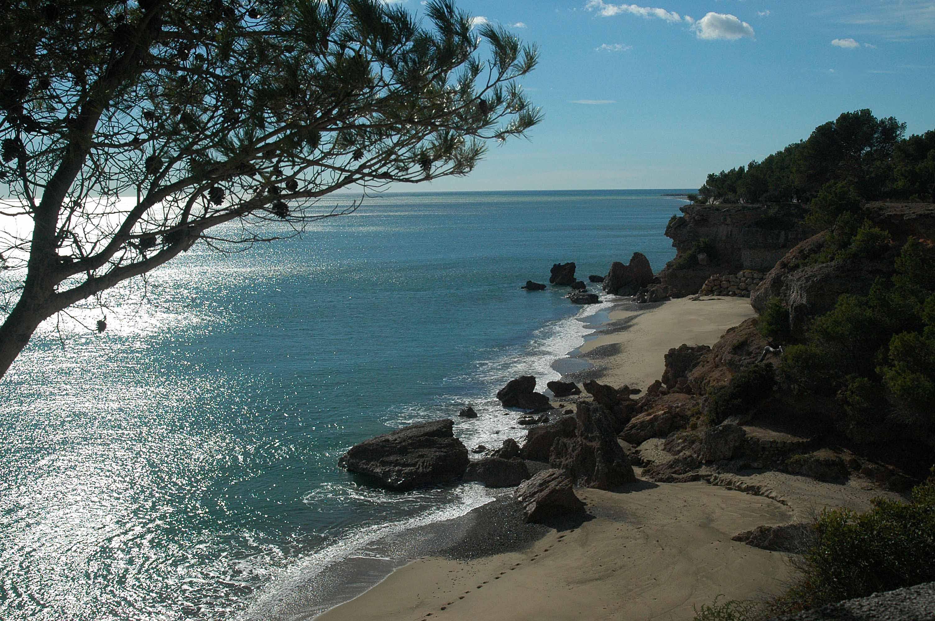 Playa Calas de los Angeles y del Pescador