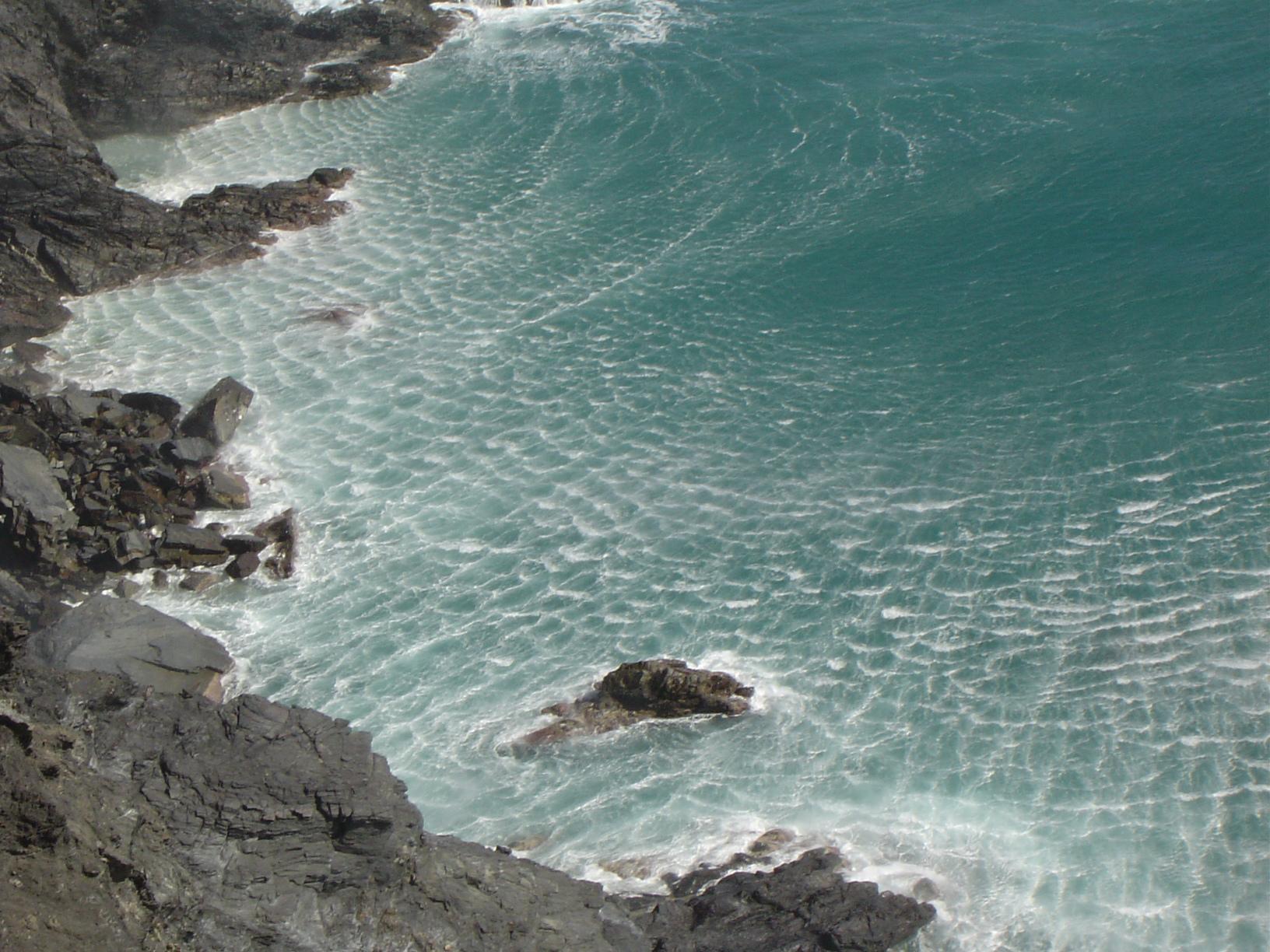 Foto playa En Goixa / Playa del Morts. Temporal de Tramuntana a Portbou
