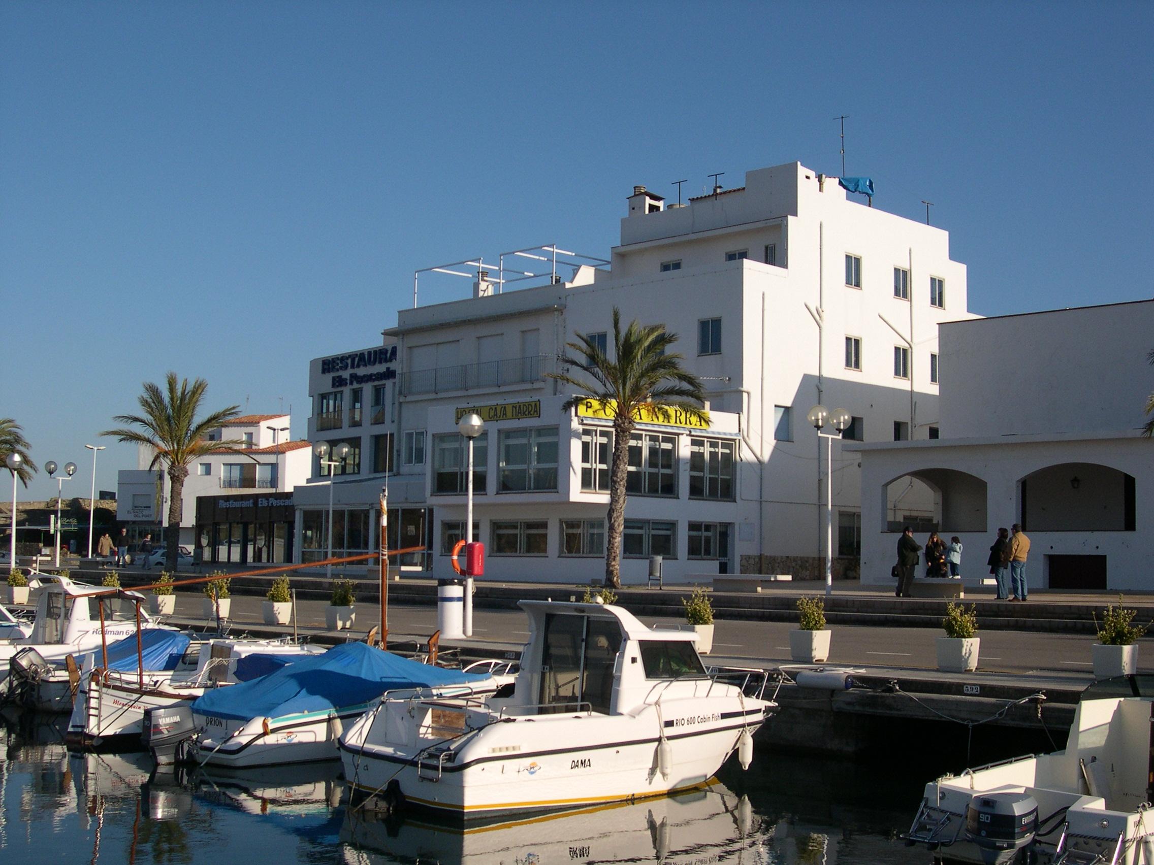Foto playa La Farella. Puerto deportivo de Llançà (Spain)