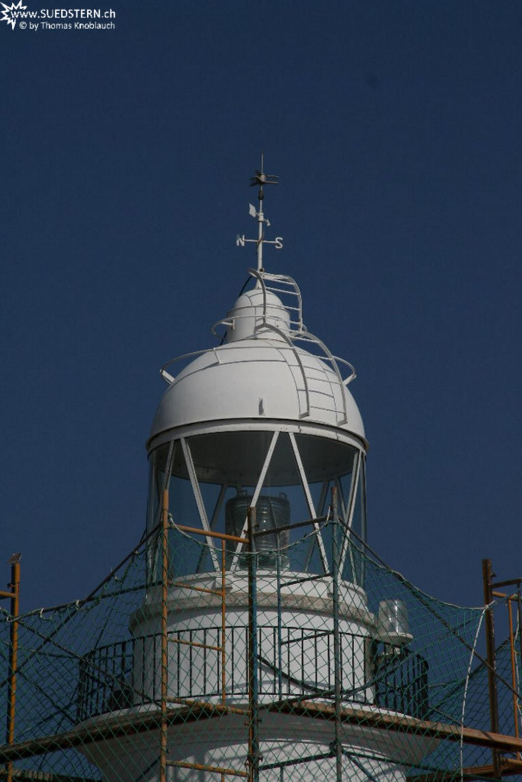 Foto playa Els Palangrers / Segon Moll. 2008-09-03 - Lighthouse close up in Rosses, spain
