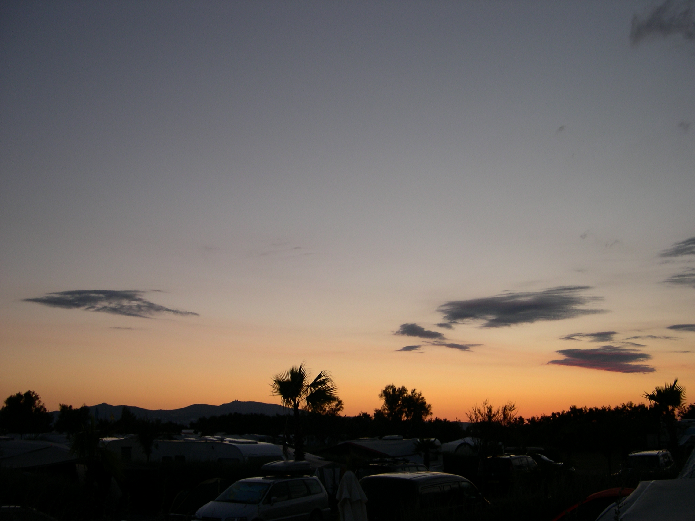 Foto playa Sant Pere Pescador. sunset above L´Amfora