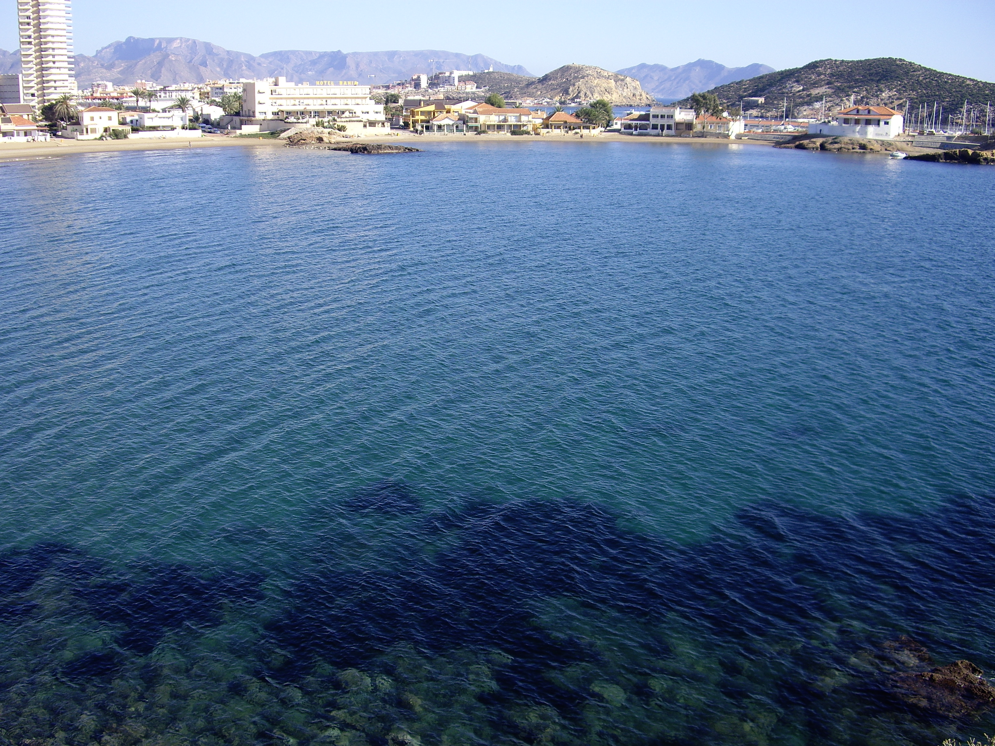 Foto playa El Castell. Beautiful day