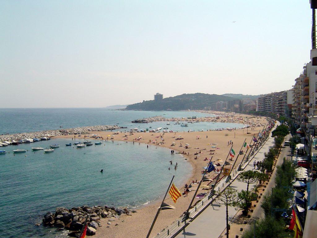 Foto playa Cala dels Esculles. ESPAÃ'A Costa Brava Calonge